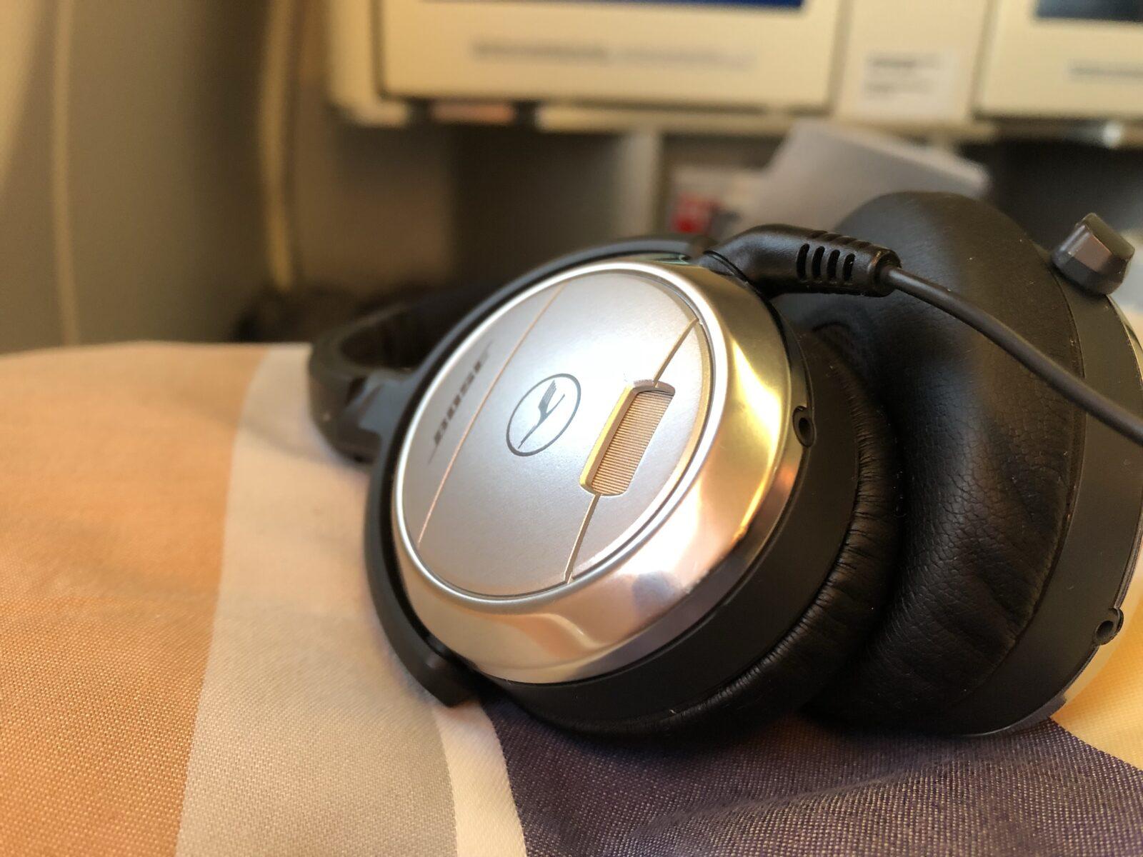 Bose Noise Canceling Kopfhörer der Lufthansa Business Class