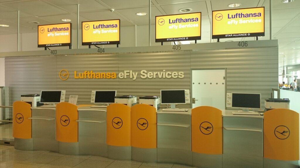 Lufthansa Service Schalter