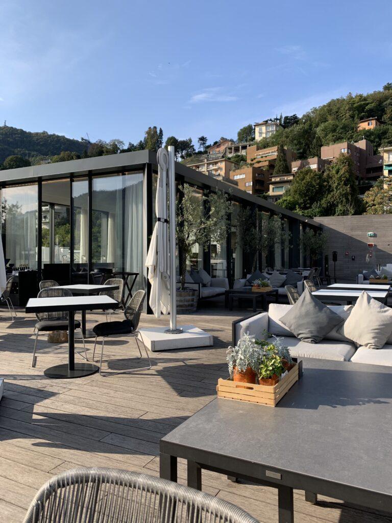 Dachterrasse des Hilton Lake Como